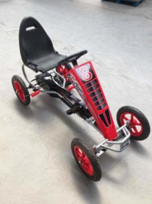 KART A PEDALES F81 ROJO LATERAL DERECHO